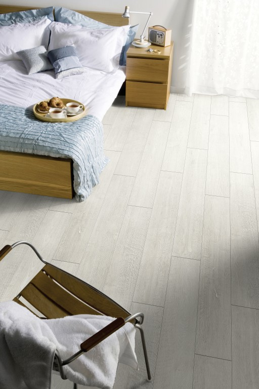 Tapi Barnes laminate flooring wood effect